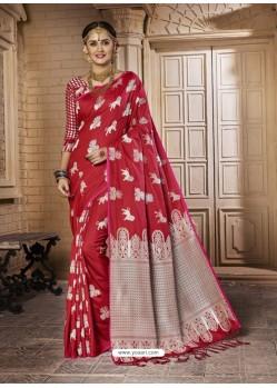 Deserving Red Silk Saree