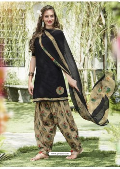 Black Cotton Blend Printed Casual Patiala Salwar Suit