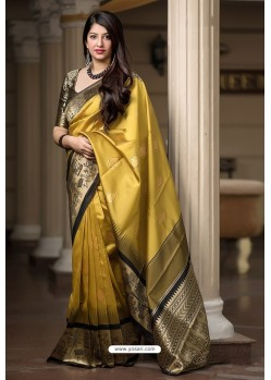 Yellow Banarasi Silk Weaving Patola Silk Designer Saree