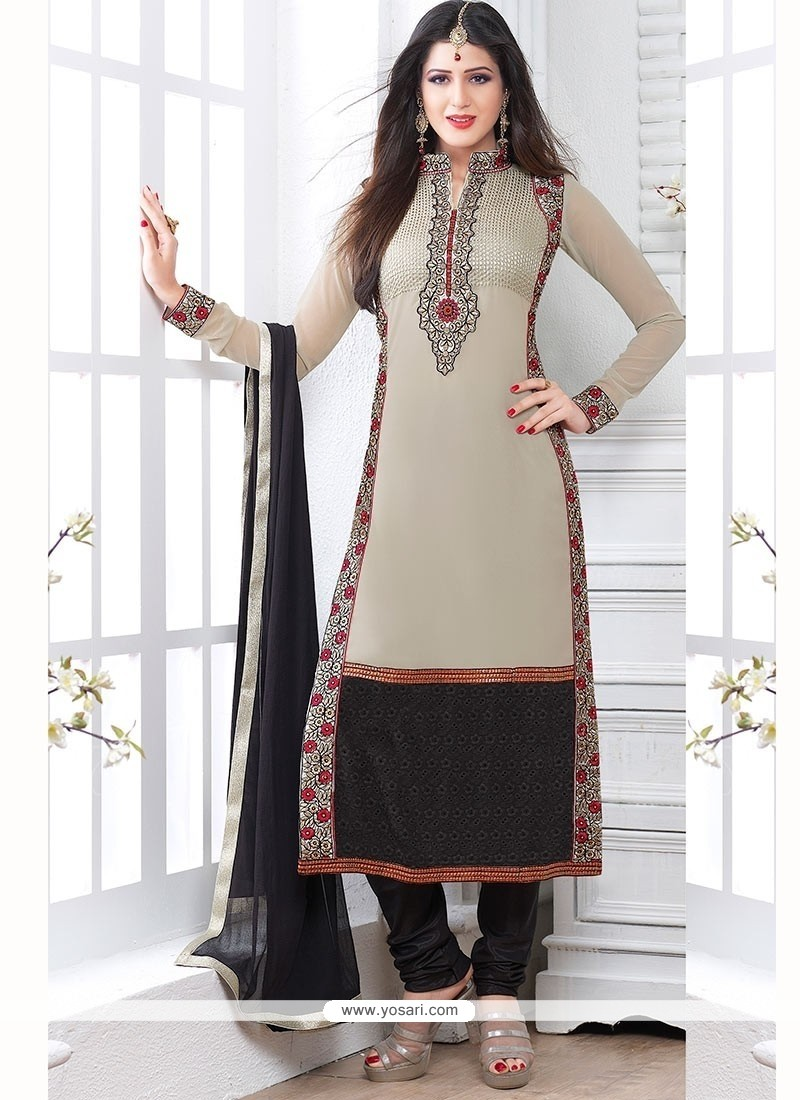 Amazing Grey Georgette Churidar Salwar Suit