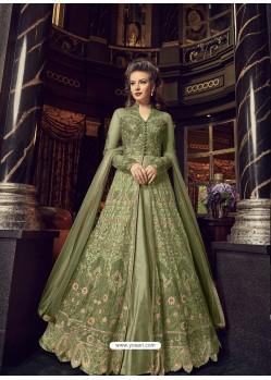 Ravishing Green Embroidered Designer Salwar Suit