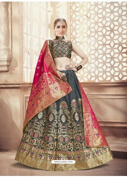 Scintillating Black Heavy Embroidered Wedding Lehenga Choli
