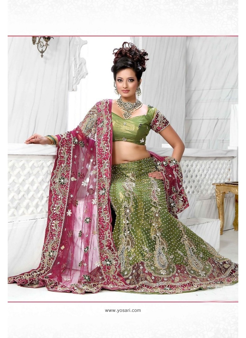 Fabulous Green Heavy Embroidered Wedding Lehenga Choli