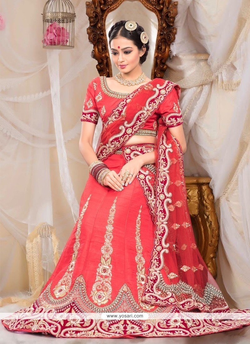 Exquisite Red Raw Silk Wedding Lehenga Choli
