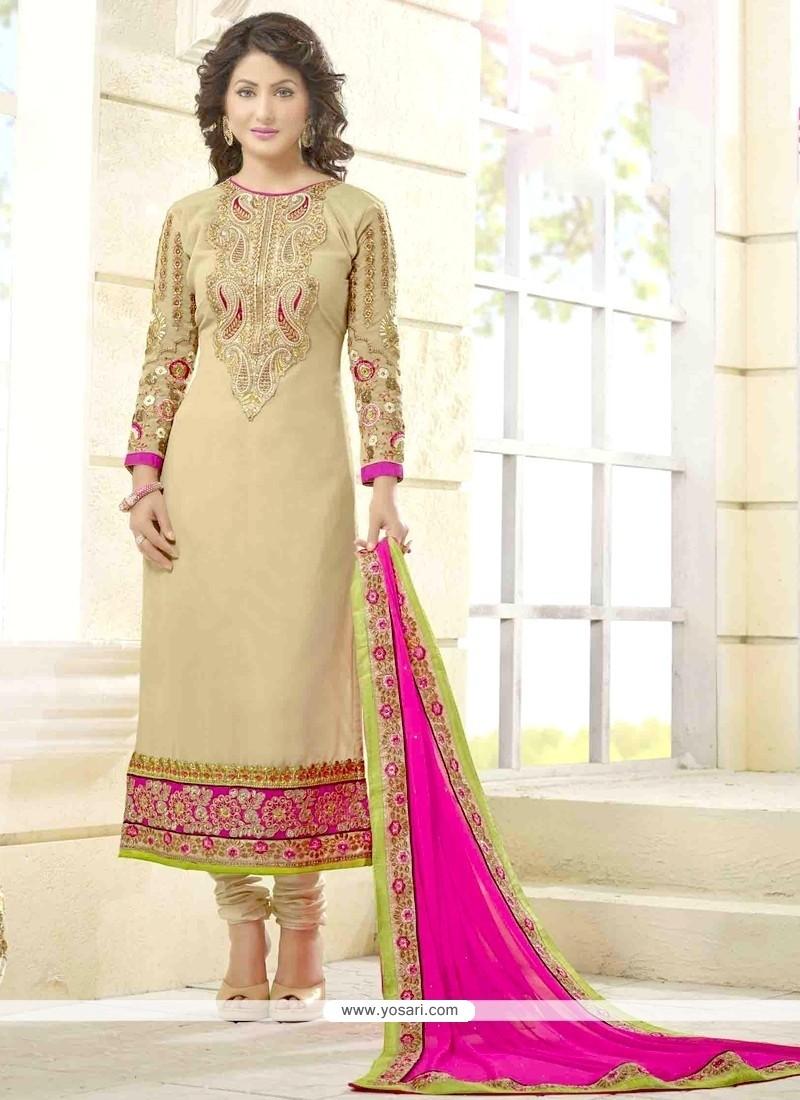 Hina Khan Lace Work Churidar Salwar Kameez