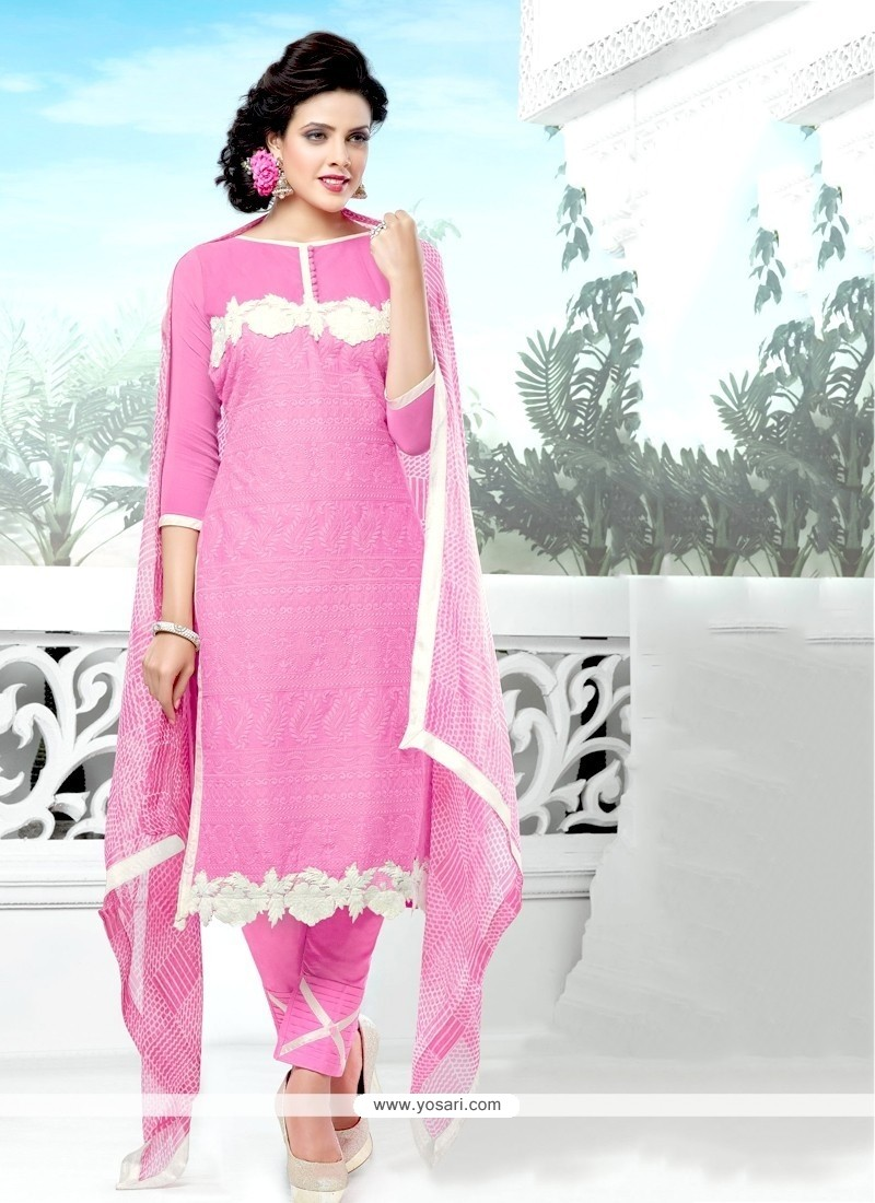 Fascinating Pink Salwar Suit