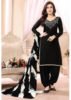 Scintillating Black Embroidered Party Wear Punjabi Patiala Suit