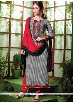 Invaluable Cotton Resham Work Designer Salwar Kameez