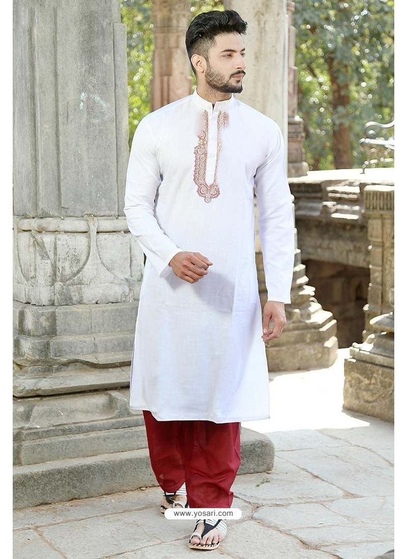 White Polyster Cotton Embroidered Kurta Pajama