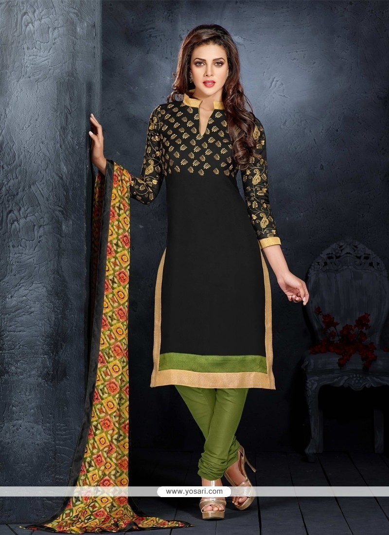 Flawless Black Churidar Salwar Kameez