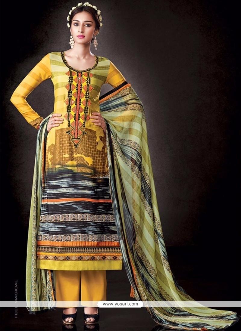 Tantalizing Faux Crepe Print Work Designer Pakistani Suit