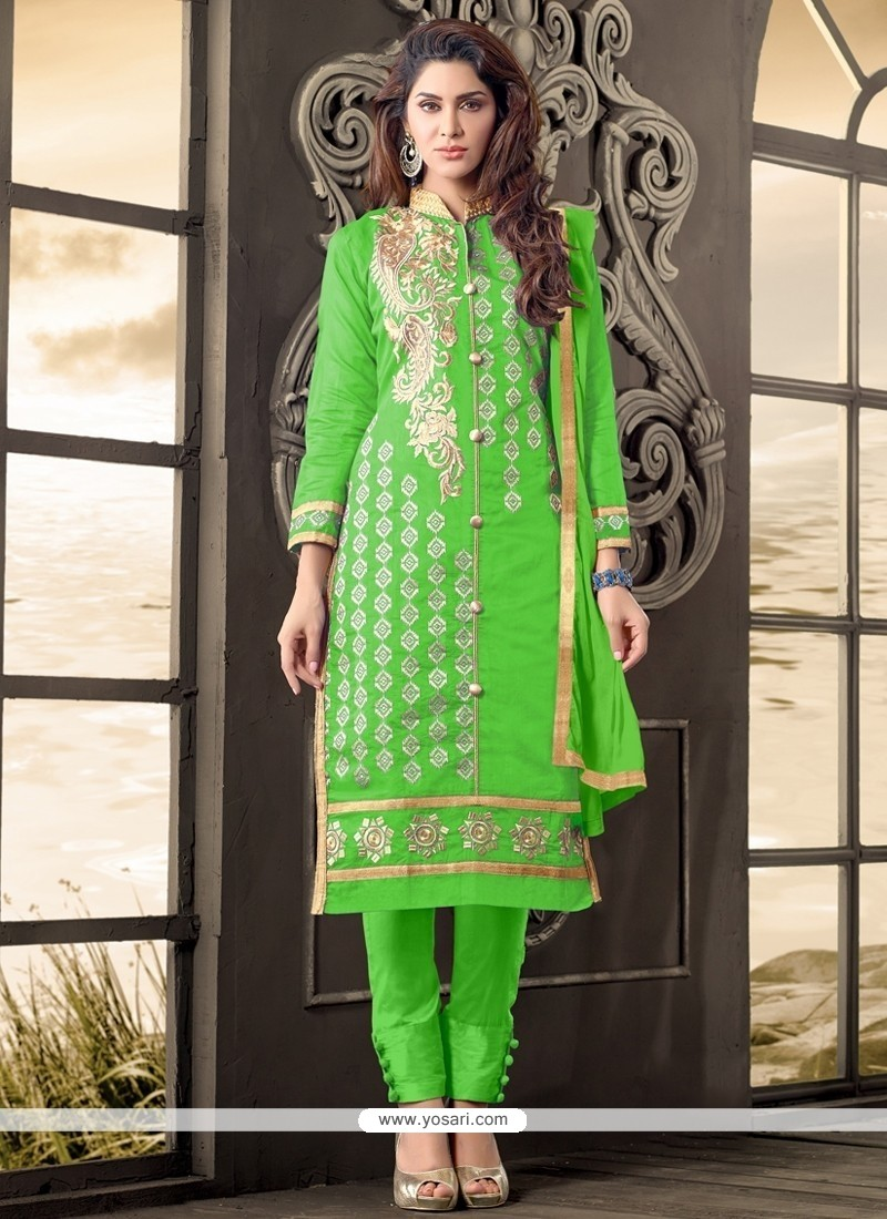 Praiseworthy Cotton Green Zari Work Salwar Suit
