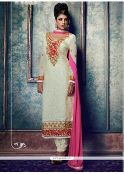 Adorning White Lace Work Churidar Salwar Kameez