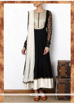 Beauteous Patch Border Work Black Anarkali Suit