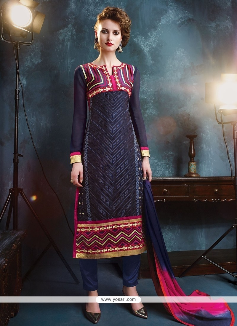 Staring Lace Work Georgette Salwar Suit