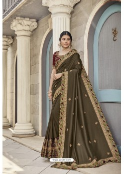 Mehendi Heavy Embroidered Designer Wear Wedding Silk Sari