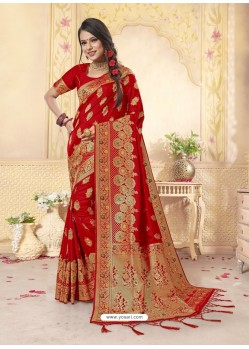 Sizzling Red Latest Designer Banarasi Silk Wedding Sari
