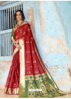 Red Latest Designer Traditional Wear Silk Handloom Sari