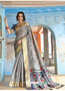 Silver Latest Designer Traditional Wear Silk Handloom Sari