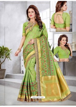 Stunning Green Latest Designer Traditional Party Wear Banarasi Silk Wedding Sari
