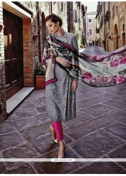 Enchanting Embroidered Work Designer Salwar Kameez