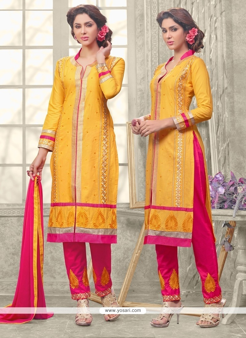 Ravishing Embroidered Work Salwar Suit