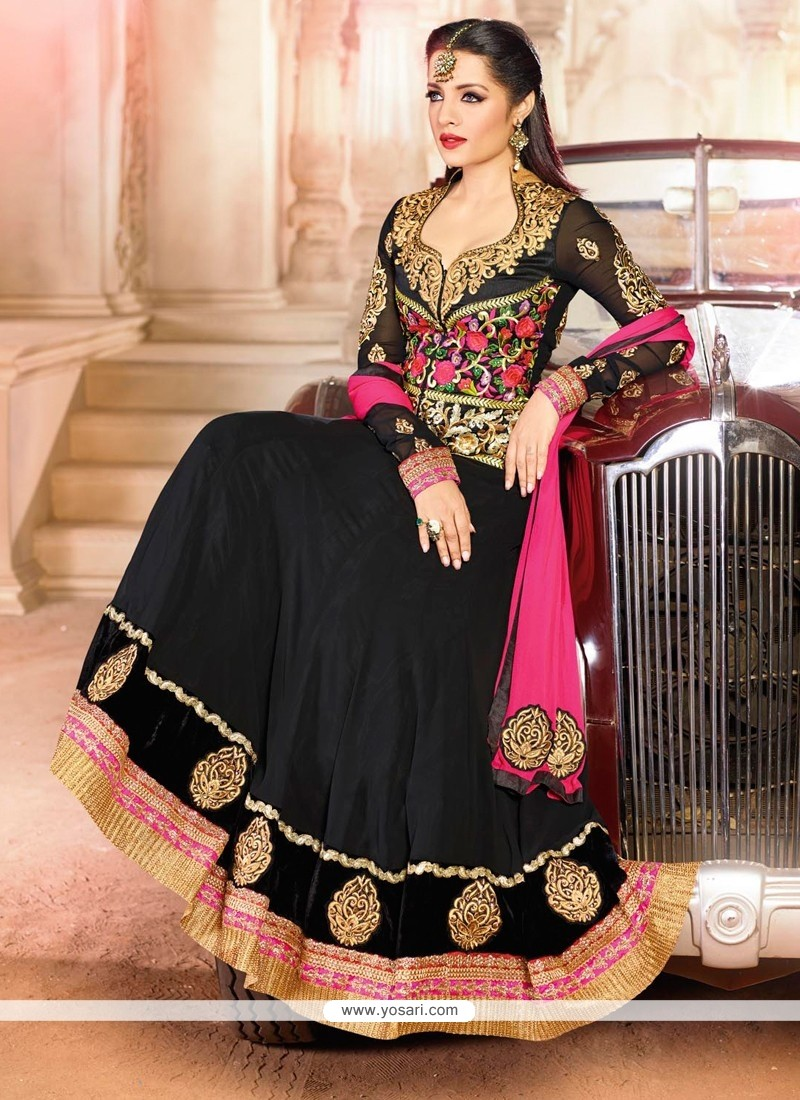Celina Jaitly Black Georgette Resham Anarkali Suit