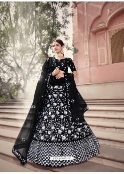 Black Scintillating Designer Heavy Wedding Wear Lehenga
