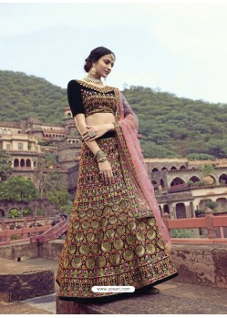Multi Colour Scintillating Designer Heavy Wedding Wear Lehenga