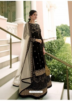 Black Scintillating Designer Wedding Salwar Suit