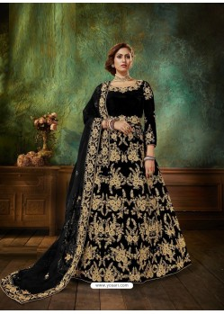 Black Stunning Heavy Designer Falcon Velvet Party Wear Anarkali Suit