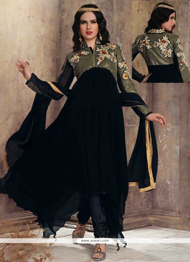 Entrancing Embroidered Work Georgette Anarkali Salwar Kameez