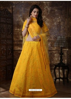 Yellow Scintillating Designer Heavy Wedding Wear Lehenga