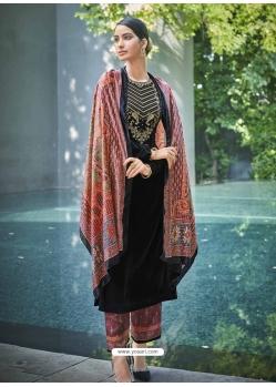 Black Designer Festive Wear Exotic Velvet Salwar Suit